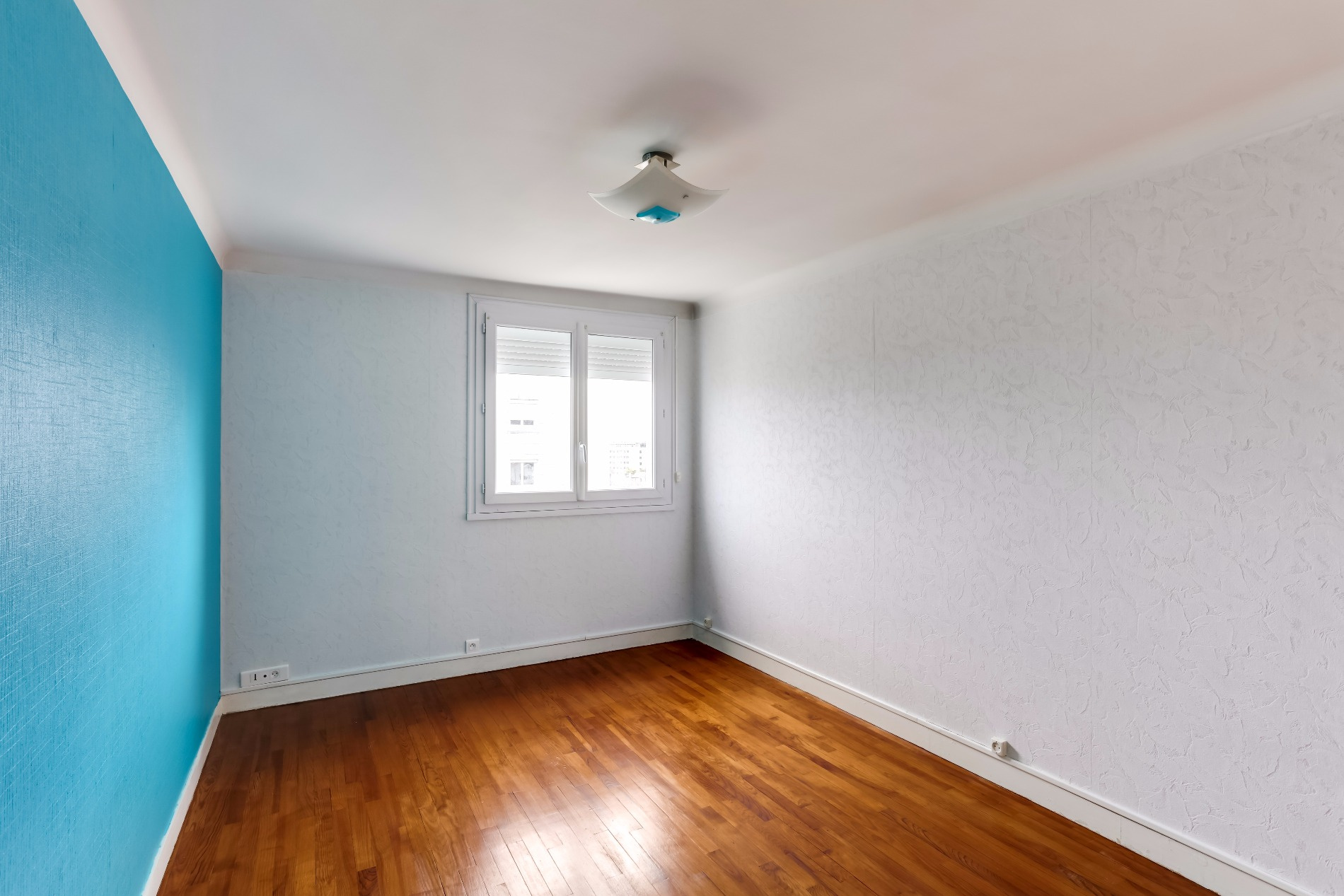 Appartement T2 Palais des Arts Vannes chambre vue 1